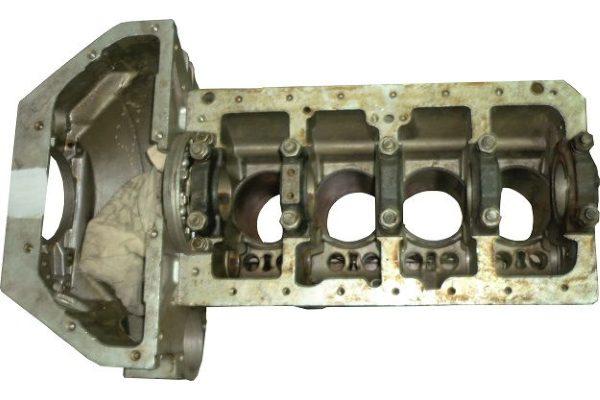 blok cilindrov umz 4215 600x400 - Блок цилиндров (БЦ) УМЗ-4215